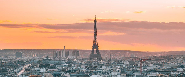 Разговорник для путешествий по Франции